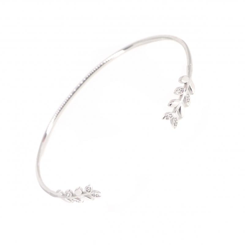 Laurels silver bangle...