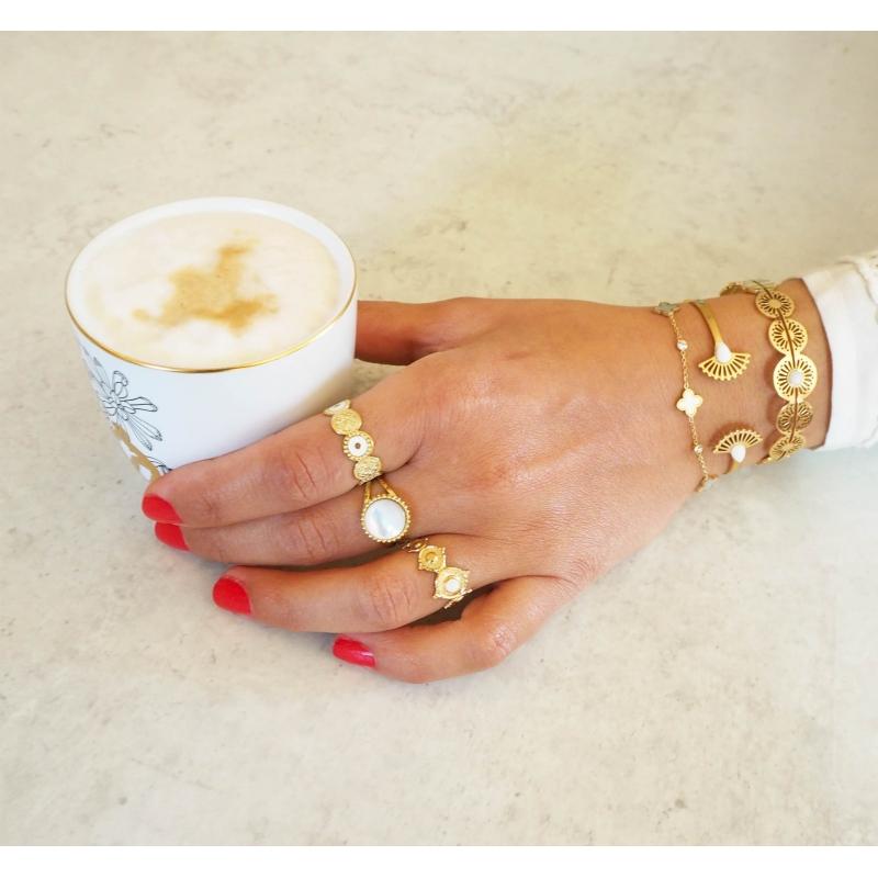 White Alisha gold bangle...