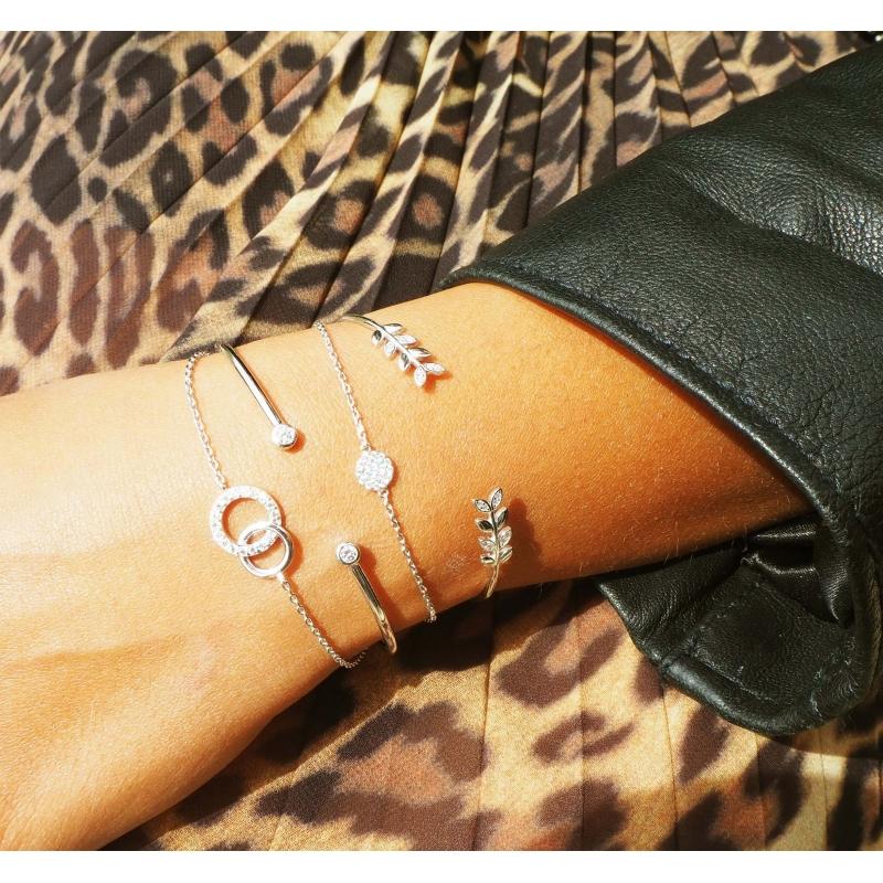 Bracelet anneaux entrelacés...