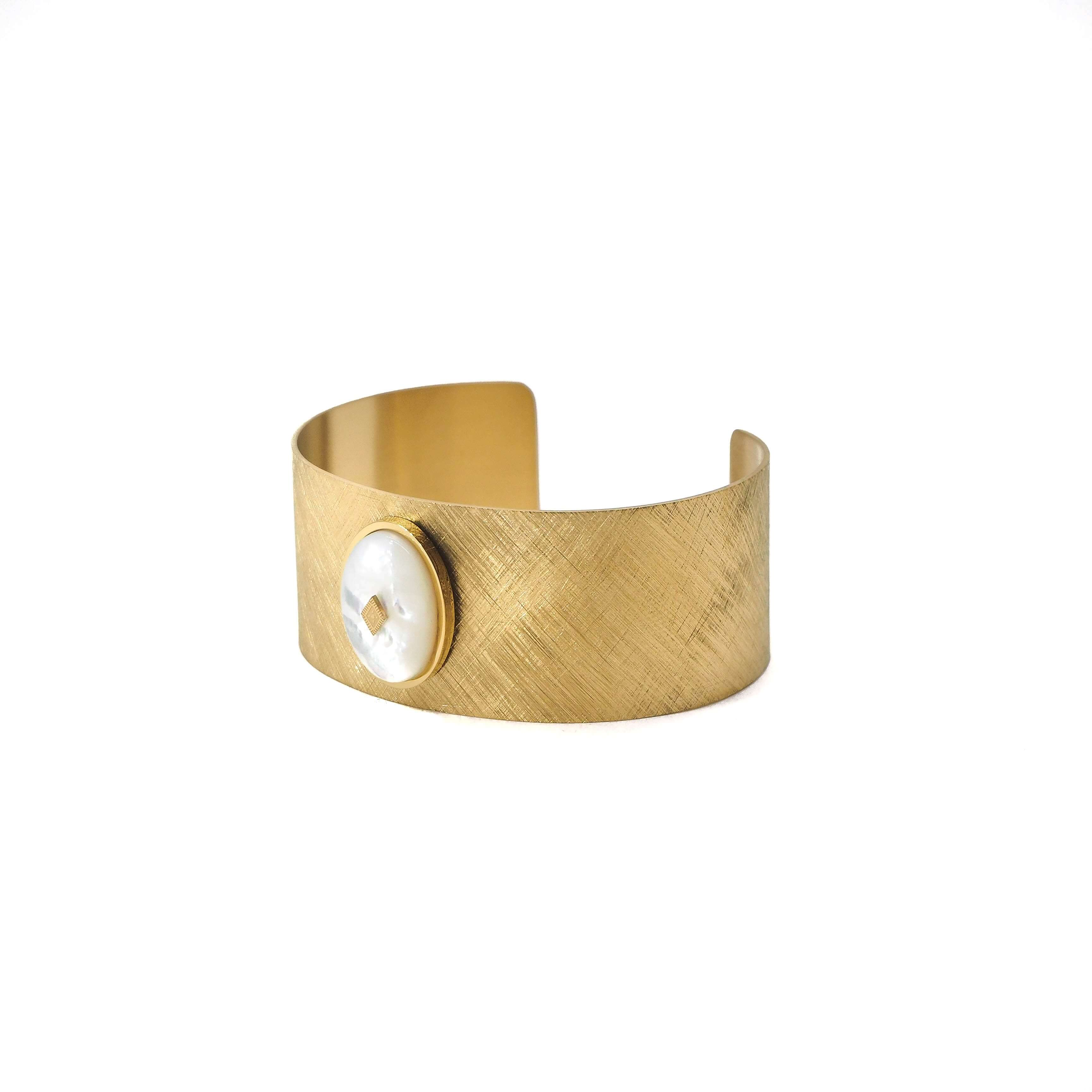 Bracelet manchette gloria en acier et nacre - Zag Bijoux