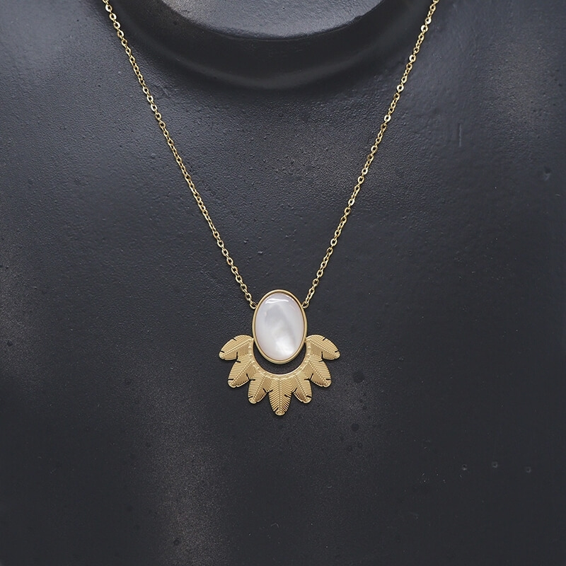Palm mother of pearl gold necklace - Zag Bijoux