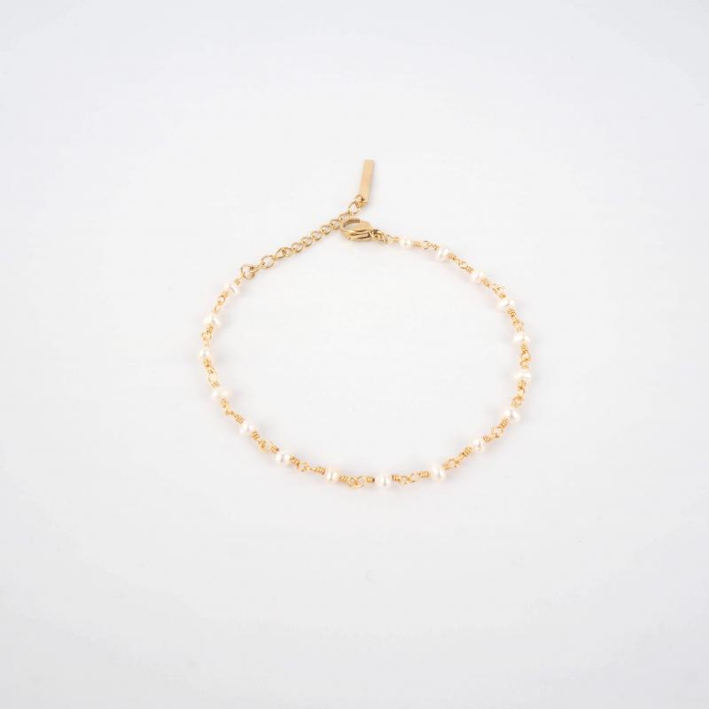 Ashkan pearl gold bracelet...