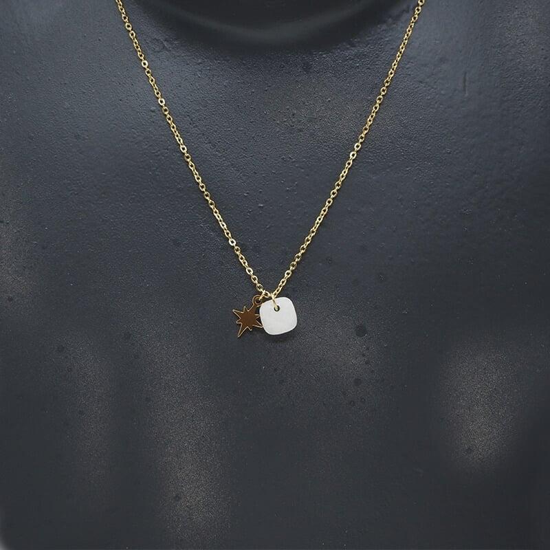 Stone polar white gold...