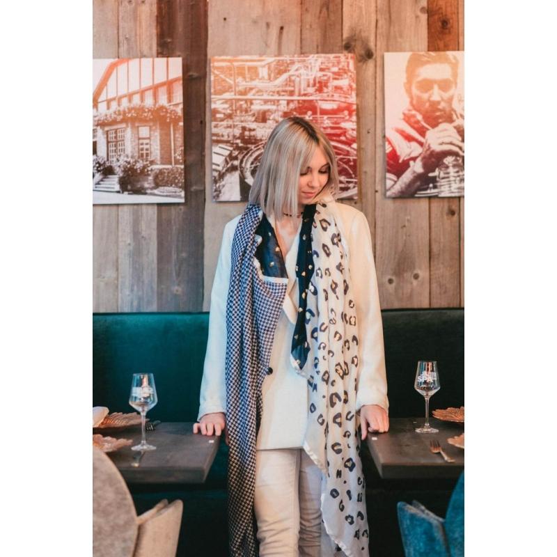Gloria scarf - Shanna