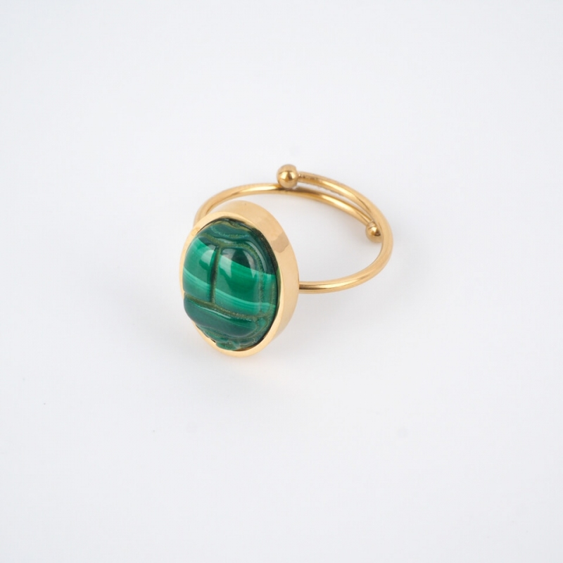 Malachite beetle cabochon...