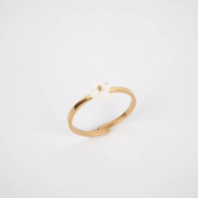 Pearly flower ring gold...