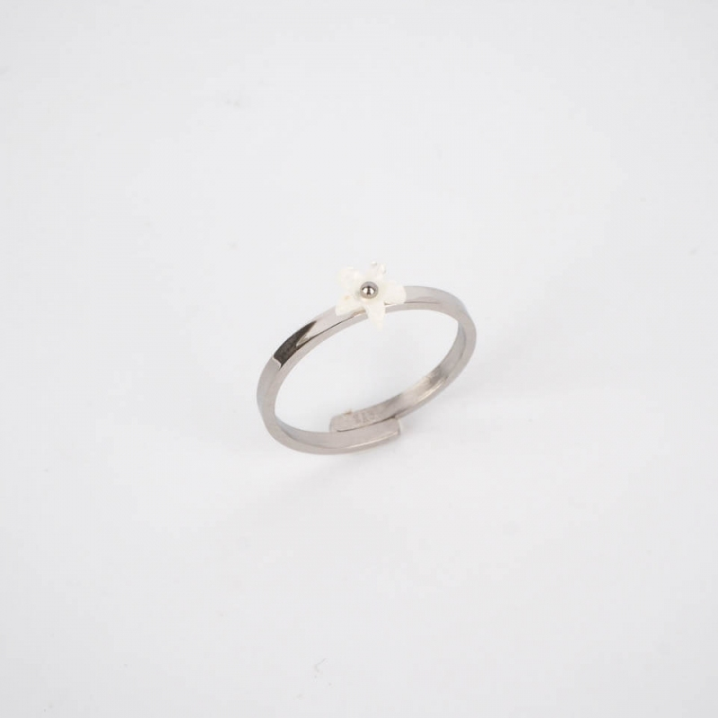 Pearly flower ring steel -...