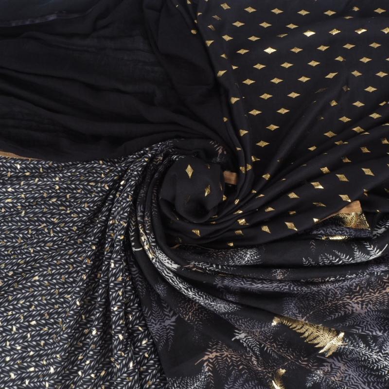 Foulard noir à motif...